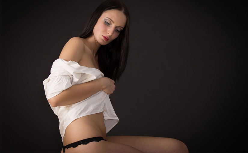 Simona nude pics